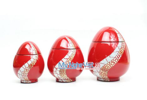 Triple of egg red jar with eggshell pattern QT129