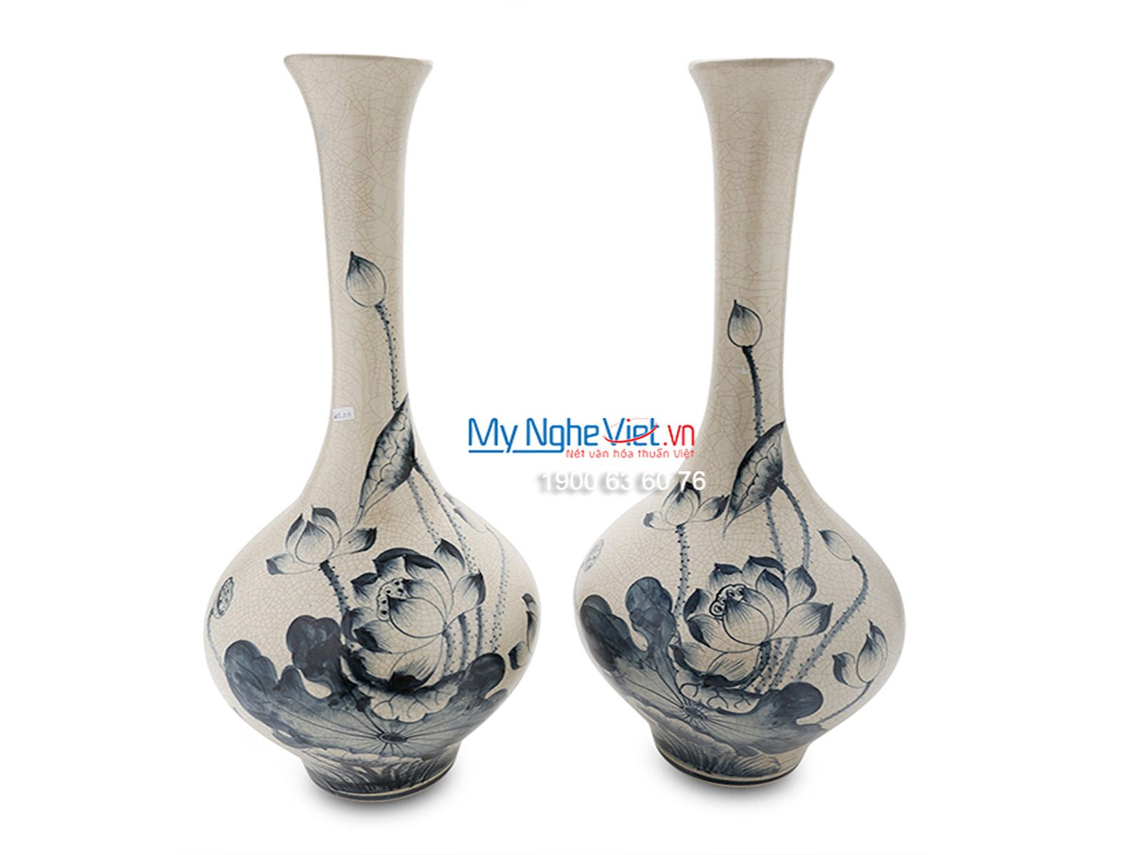 Vase with High Neck and Lotus Flower Pattern MNV_LHC39